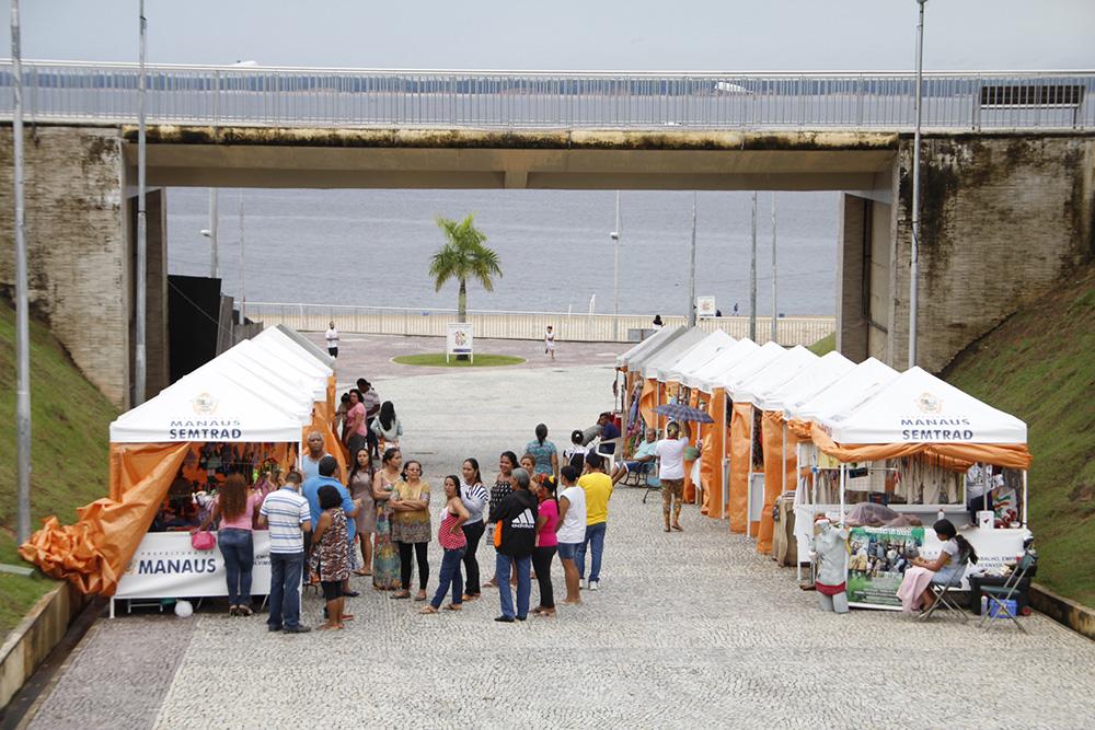 Artesanato Garrafas De Vidro Decoradas ~ Feira de Artesanato abre nesta quarta feira, na Ponta Negra