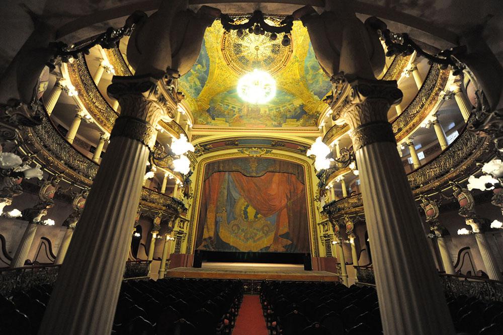 Nas férias, conheça as curiosidades sobre o Teatro Amazonas