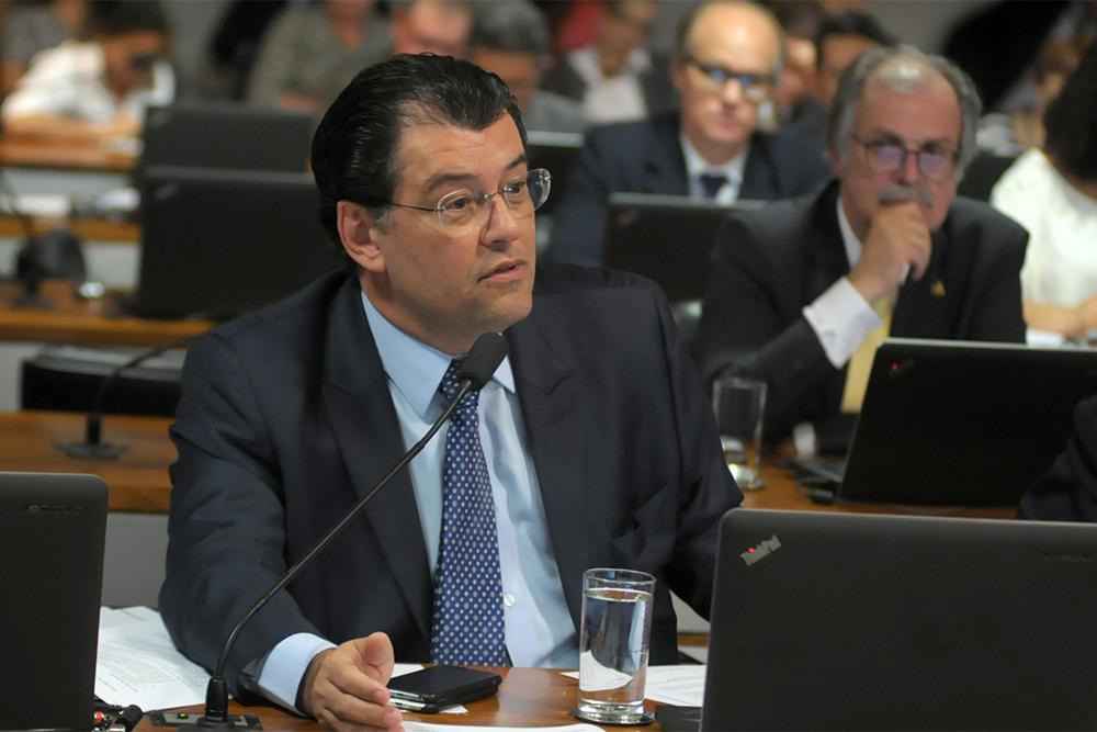 Senador Eduardo Braga, relator do orçamento 2018