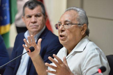 Amazonino anuncia licitação para substituir Umanizzare