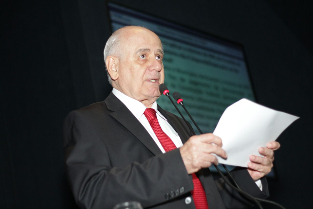 Serafim Corrêa denunciou crise na Prodam